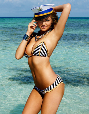 Kate-upton-beach-bunny-bikini-1_large_display_image