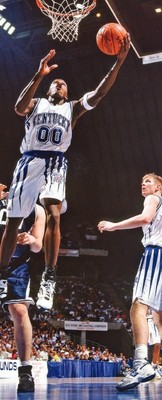 Kentucky's Tony Delk was able to get to the rim at will against Mount St. Mary's.