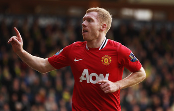 NORWICH, ENGLAND - FEBRUARY 26:  Paul Scholes of Manchester United celebrates scoring during the Barclays Premier League match between Norwich City and Manchester United at Carrow Road on February 26, 2012 in Norwich, England.  (Photo by Bryn Lennon/Getty