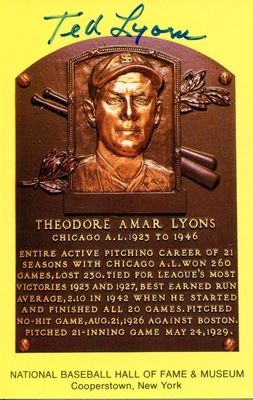 P-478635-ted-lyons-autographed-hand-signed-baseball-hall-of-fame-plaque-postcard-hc-0ejcbsxubo_display_image