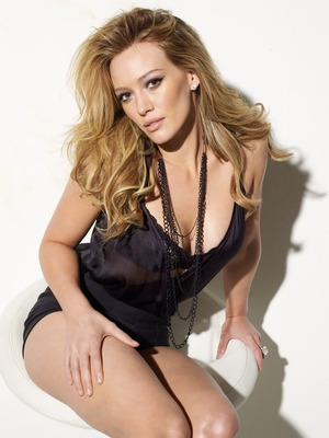 Hilary-duff-maxim-2009-86fc8_display_image