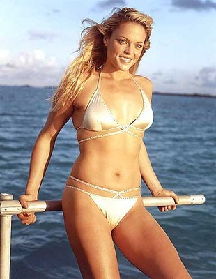 3jennie-finch1_display_image_display_image