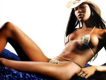 Naomi-campbell-2_display_image