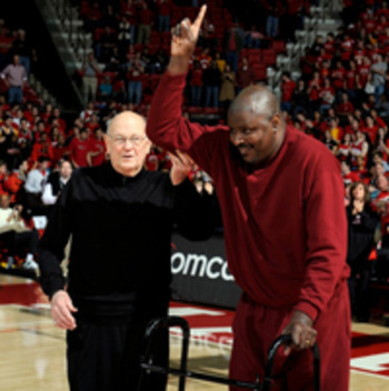 Former Maryland center Larry Gibson with Lefty Driesell.