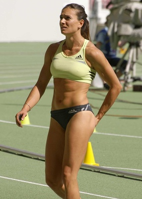 6yelenaisinbayeva_display_image
