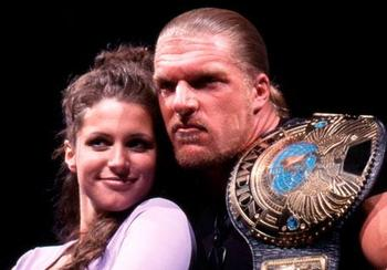Triple H and Stephanie in 2000 (photo from wrestlingvalley.org)