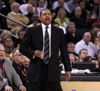 Mark Jackson would love to fill his center position with Dwight Howard.
