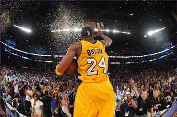 2010nbachampionlalakers-kobebryantcelebratinghisfifthnbachampionship_display_image