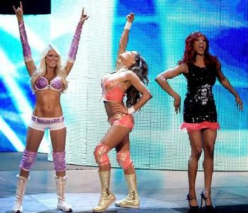 Kelly-kelly-eve-alicia-fox_display_image