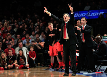Rick Pitino's Louisville Cardinals will take on Davidson in the first round.