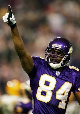 Randy Moss signed a one-year deal with the 49ers for 2012