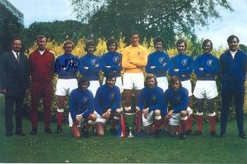 Rangers-team-photo-1972-colin-stein-autograph_display_image