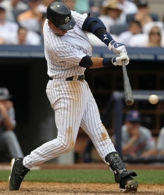 Derekjeter_2010_single_002_display_image