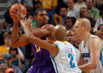 Andrew Bynum hopes to see less of this with Ramon Sessions on board.