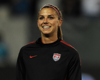 2alexmorgan_display_image