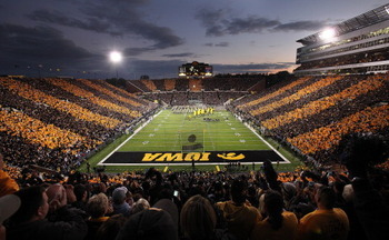 Kinnick-night_display_image_display_image