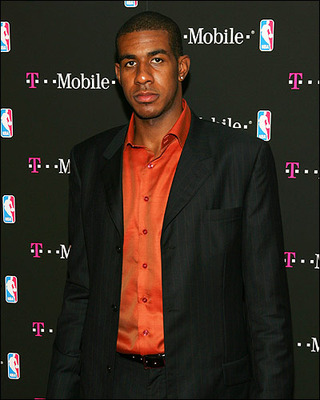 Lamarcus_aldridge_big_04_display_image