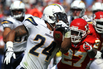 Can Ryan Mathews stay healthy enough to give running game threat if no legit #2 RB is acquired?