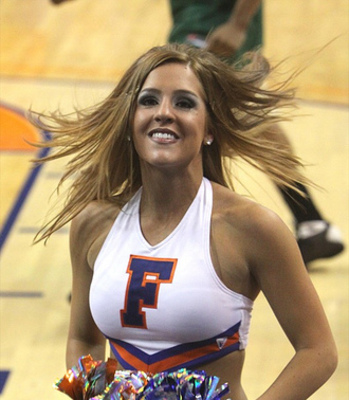 Gators_cheerleaders_10_display_image