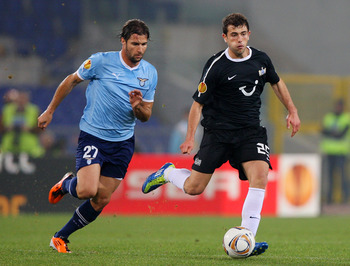 Admir Mehmedi for FC Zurich (right).