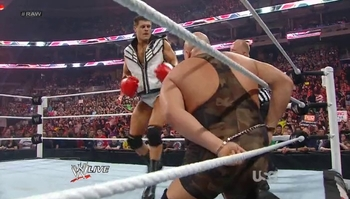 Cody_rhodes_boxing_big_show_wwe_raw_display_image