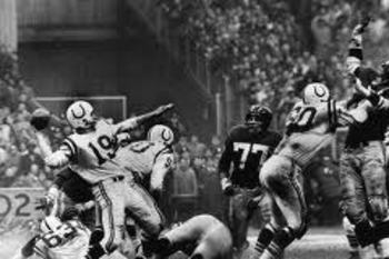 QB Johnny Unitas (#19)