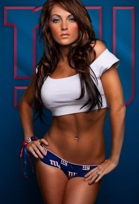 Meet-jess-snyder-the-new-york-giants-sexiest-superfan-213-m_display_image