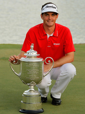 Keegan Bradley with the Wanamaker Trophy