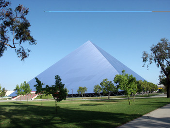 Walter_pyramid_display_image