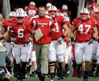 Wisconsin-football_display_image