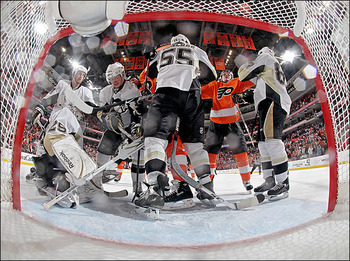 Flyers-penguins_display_image