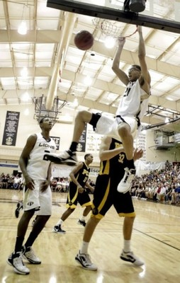 Isaiah_austin_grace_prep_slam_dunk_display_image