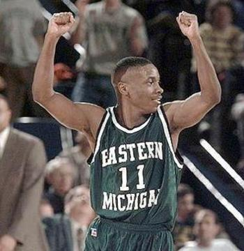 Earl Boykins had 23 points for the Eagles