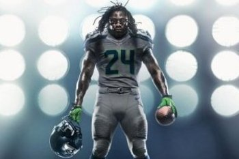Lynch-grey_nohelmet-nfl_mezz_1280_1024_display_image