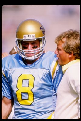 Aikman with former UCLA player/head coach Rick Neuheisel