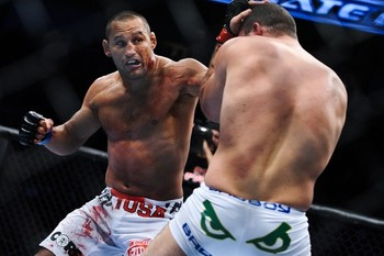 Methodgetsdan-henderson-shogun-11-20-11-8-16-58-927_display_image