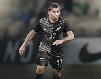 Nike-soccer-new-zealand-national-team-2012-away-kit-04_display_image