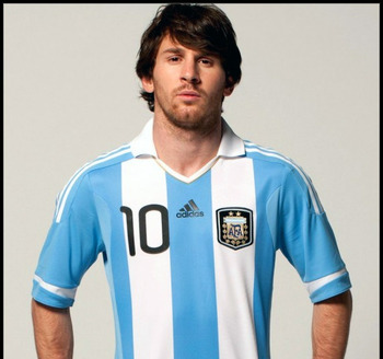 Messi_arg_home_2011_original_display_image