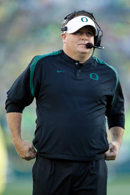 Chip Kelly leads Oregon vs the Bearcats