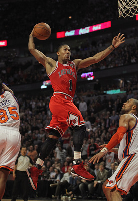 Derrick Rose won the 2011-2012 NBA MVP Award