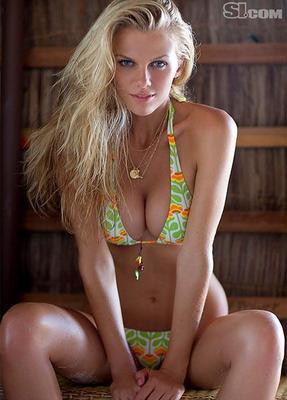 Brooklyn-decker-2010-si-swimsuit-issue-3_display_image
