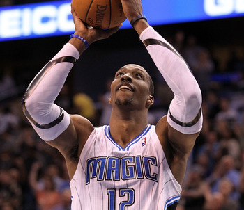 In spite of rumors and controversy, Dwight Howard remains on the Magic.