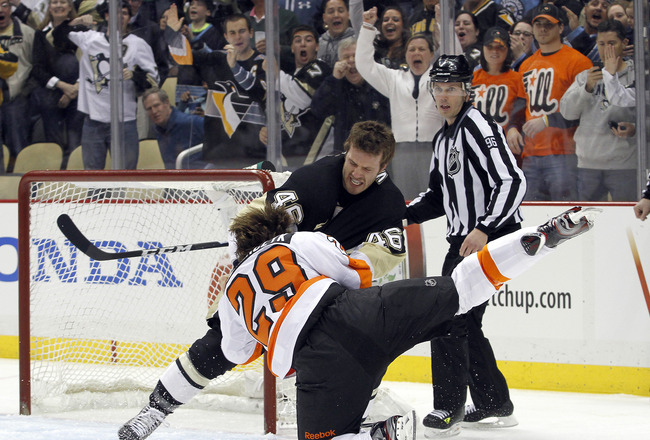 FLYERS-Penguins `bloodbath' highlights first round of NHL playoffs