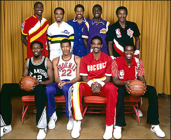Source: http://www.nowpublic.com/sports/25th-anniversary-1st-nba-slam-dunk-contest-1984