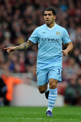 LONDON, ENGLAND - APRIL 08:  Carlos Tevez of Man City in action during the Barclays Premier League match between Arsenal and Manchester City at Emirates Stadium on April 8, 2012 in London, England.  (Photo by Michael Regan/Getty Images)
