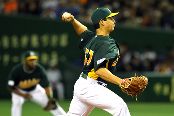 A's pitcher Tom Milone