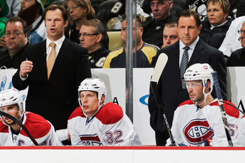 Kirk Muller (left) and Jacques Martin behind the Canadiens' bench