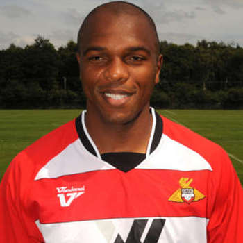 http://www.goal.com/en-gb/news/2890/world-cup-2010/2010/06/11/1967998/world-cup-2010-south-africa-legend-quinton-fortune-backs