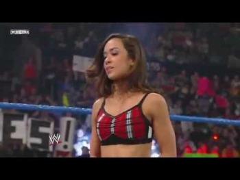 Résultats Tuesday Night Raw 8/01/13 Img_8594_wwe-smackdown-03-16-12-nikki-bella-vs-aj-lee_display_image