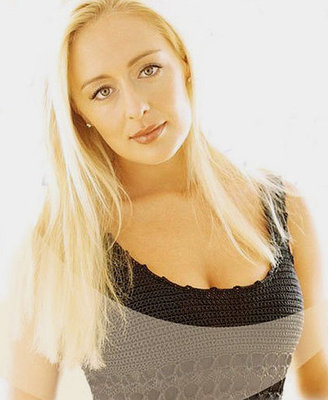 Mindymccready_display_image